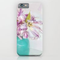 Parrot Tulips iPhone 6 Slim Case