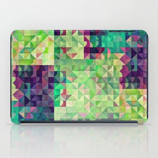 Gryyn xhrynk iPad Case