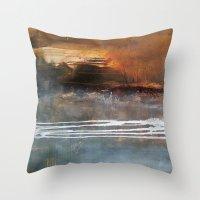 1514a Throw Pillow