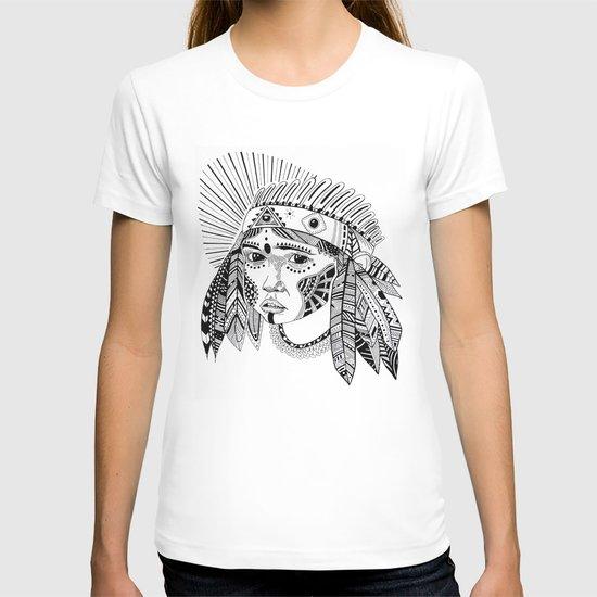KIENKE. T-shirt