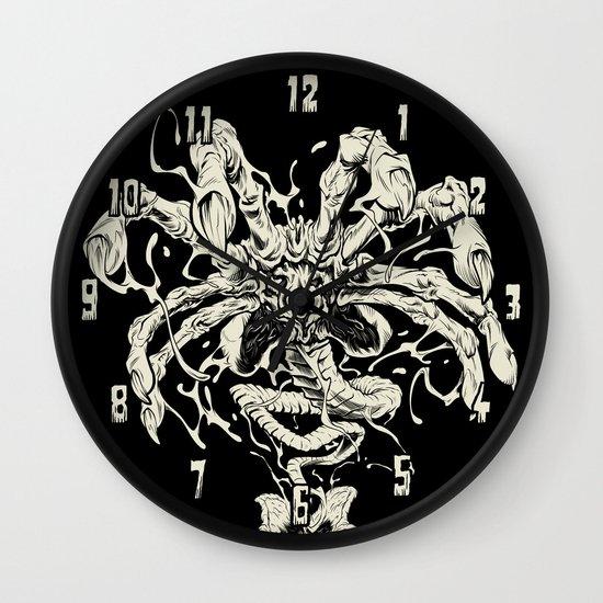 ALIEN: FACEHUGGER Wall Clock