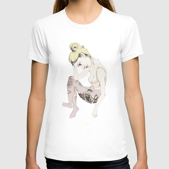 With stockings of flowers T-shirt