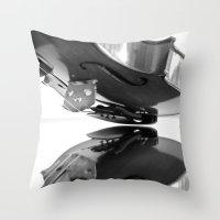 VIOLA MIRROR Throw Pillow
