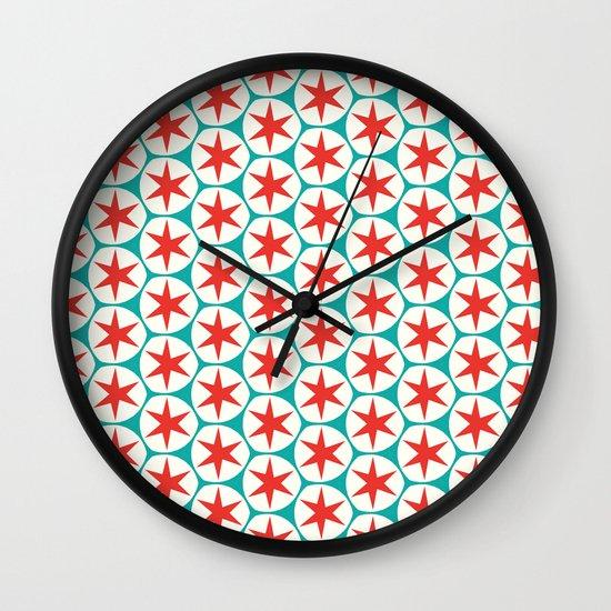 Retro Red Stars Pattern Wall Clock