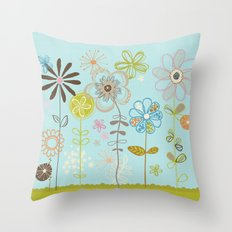 Belles Fleurs Throw Pillow