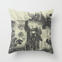 Space slugs die easy Throw Pillow