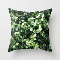 Wall of leaves Throw Pillow