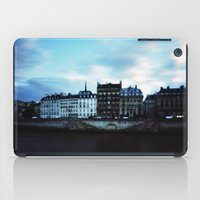Paris at Dusk: Ile de la Cite iPad Case