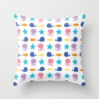 I sea you, Baby (The Essential Patterns of Childhood) Throw Pillow