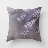 lavande Throw Pillow