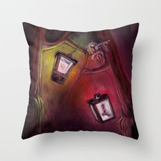 catch me if I fall Throw Pillow