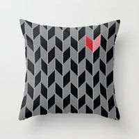 Heart Pattern Throw Pillow
