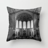 St George In The East Church London Throw Pillow