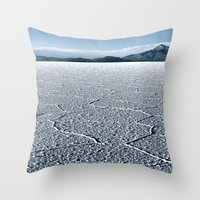 Island Incahuasi Throw Pillow