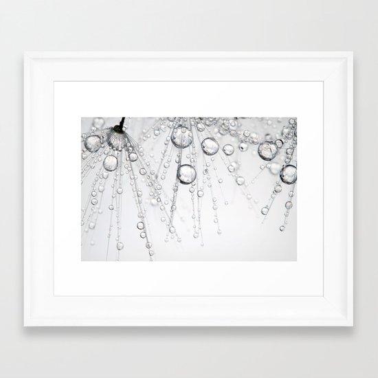 Chainmail Dandy Drops Framed Art Print
