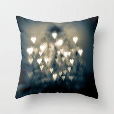 amour brûlant Throw Pillow