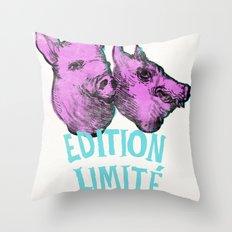 pig et wolf Throw Pillow