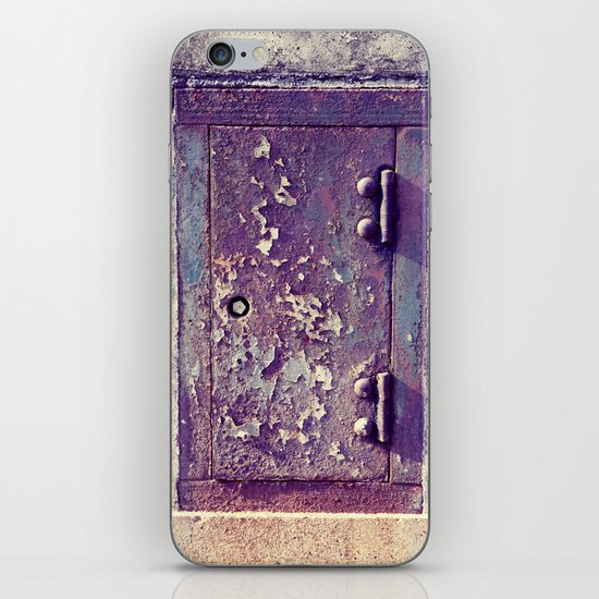 little door iPhone & iPod Skin