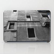 window 13 iPad Case