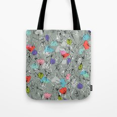 Crawling leaves Tote Bag