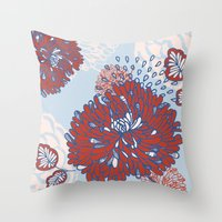 Crisantemo Throw Pillow