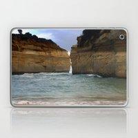 Two Giants On A Collisio… Laptop & iPad Skin