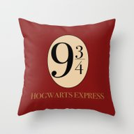 HARRY POTTER Throw Pillow