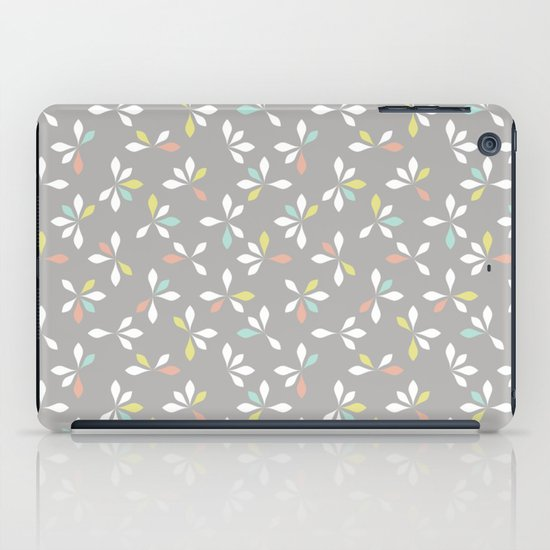 loves me loves me not pattern - pastel iPad Case