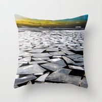 Broken ice floes Throw Pillow