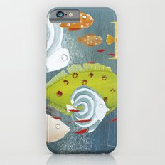 Clovis chasing the fish iPhone 6 Slim Case