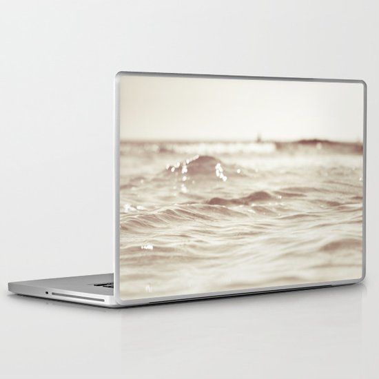 Let´s go to the bleech Laptop & iPad Skin