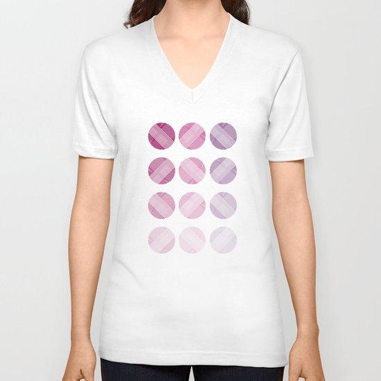 Line Round V-neck T-shirt