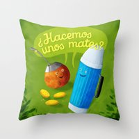 Hacemos unos mates? Throw Pillow
