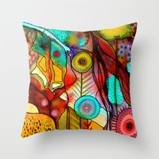 terre d'accueil Throw Pillow