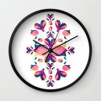 Tulip Pattern Wall Clock
