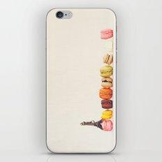 Paris, macaron and the eiffel - Vintage version iPhone & iPod Skin