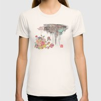 BLOSSOMING Womens Fitted Tee Natural SMALL