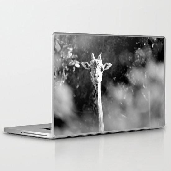 portrait of giraffe Laptop & iPad Skin