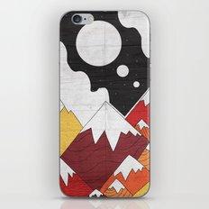 Three Moon Mounts iPhone & iPod Skin