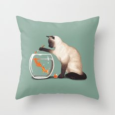 Goldfish need friend Throw Pillow