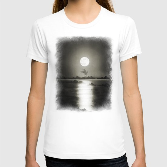 When the moon speaks (part III) T-shirt