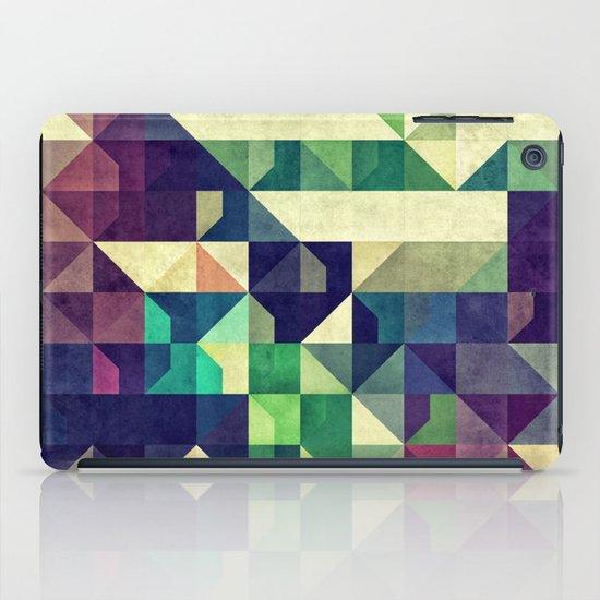 Tyo DDz iPad Case