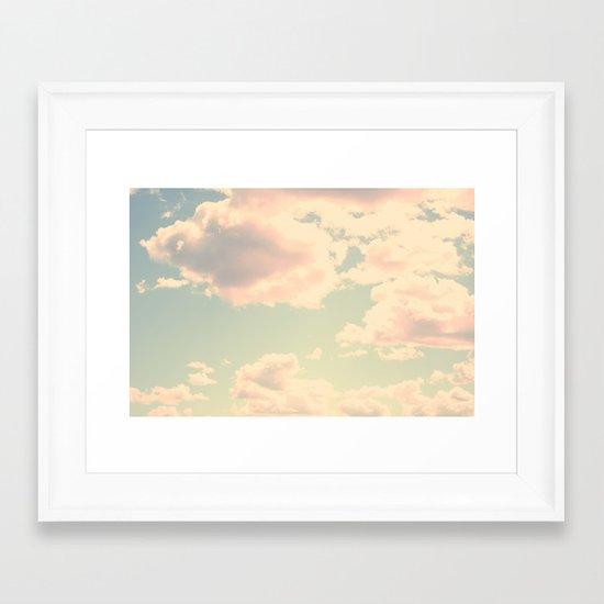 Barbe à Papa à la saveur du ciel Framed Art Print