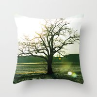 Tempelhofer Freiheit - B… Throw Pillow