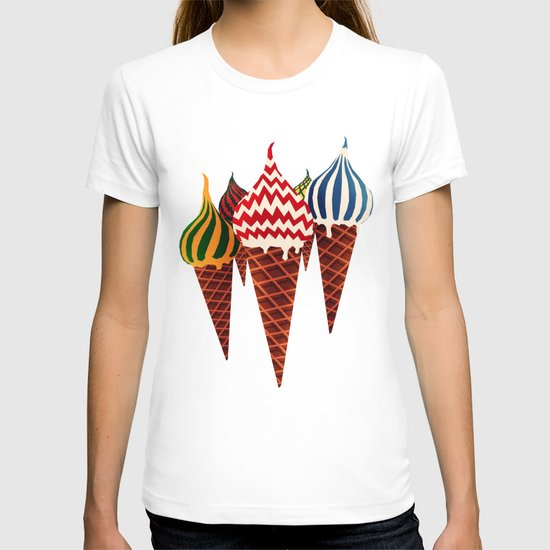 Summer in Moscow T-shirt