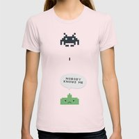 nobody knows Womens Fitted Tee Light Pink SMALL