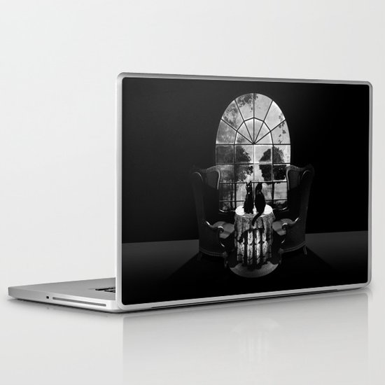 Room Skull B&W Laptop & iPad Skin