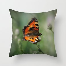 Schmetterling Throw Pillow