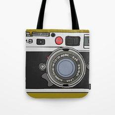 Camera, 2 Tote Bag