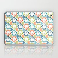 NGWINI - penguin love pattern 5 Laptop & iPad Skin
